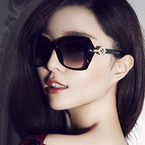 Oila Kacamata Hitam Fashion Wanita Trendi Black Sunglasses Sunnies Jgl037 By Oila.