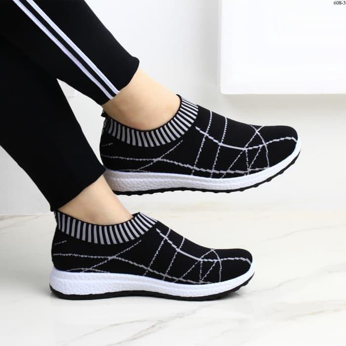 Grosir Termurah Sepatu Slip On Slipon wanita Cewek Kets Olahraga Senam  Joging Olahraga SLAVINA 2d114265b3