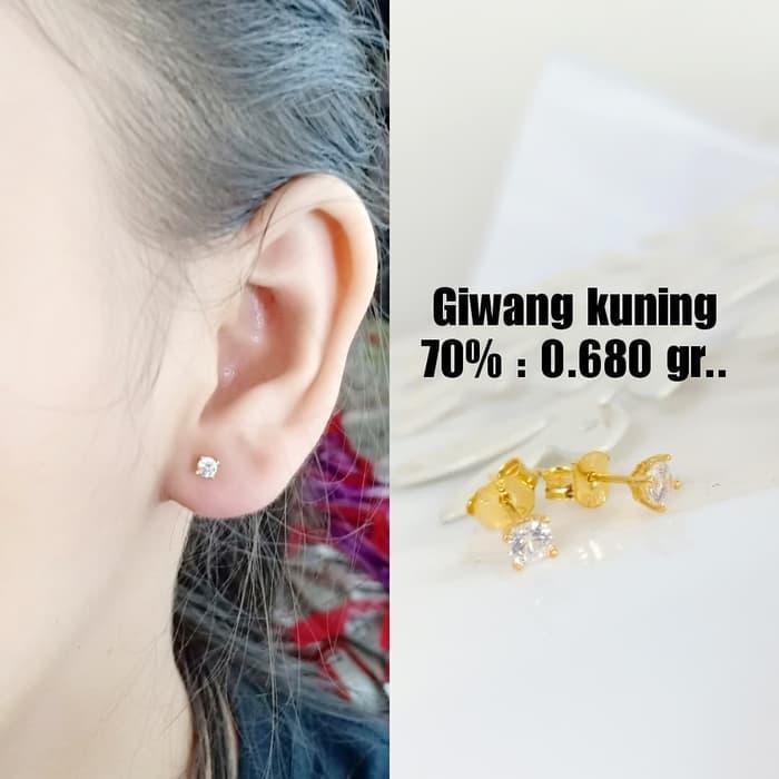 Anting Emas / Mas Kuning 70% Berat 0.680 Gram..