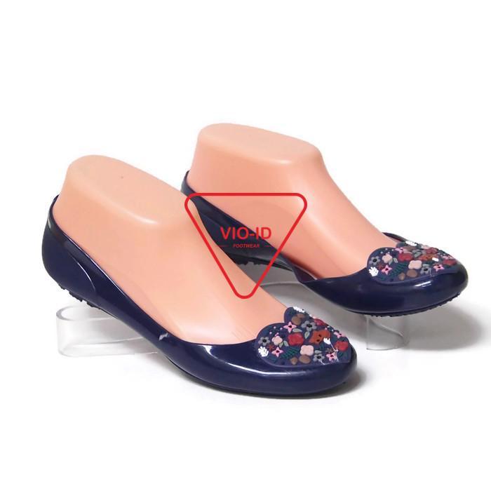 Flat Shoes Jelly Wanita - Sepatu Flat Wanita Bara Bara Aksen Love 823-LR Warna
