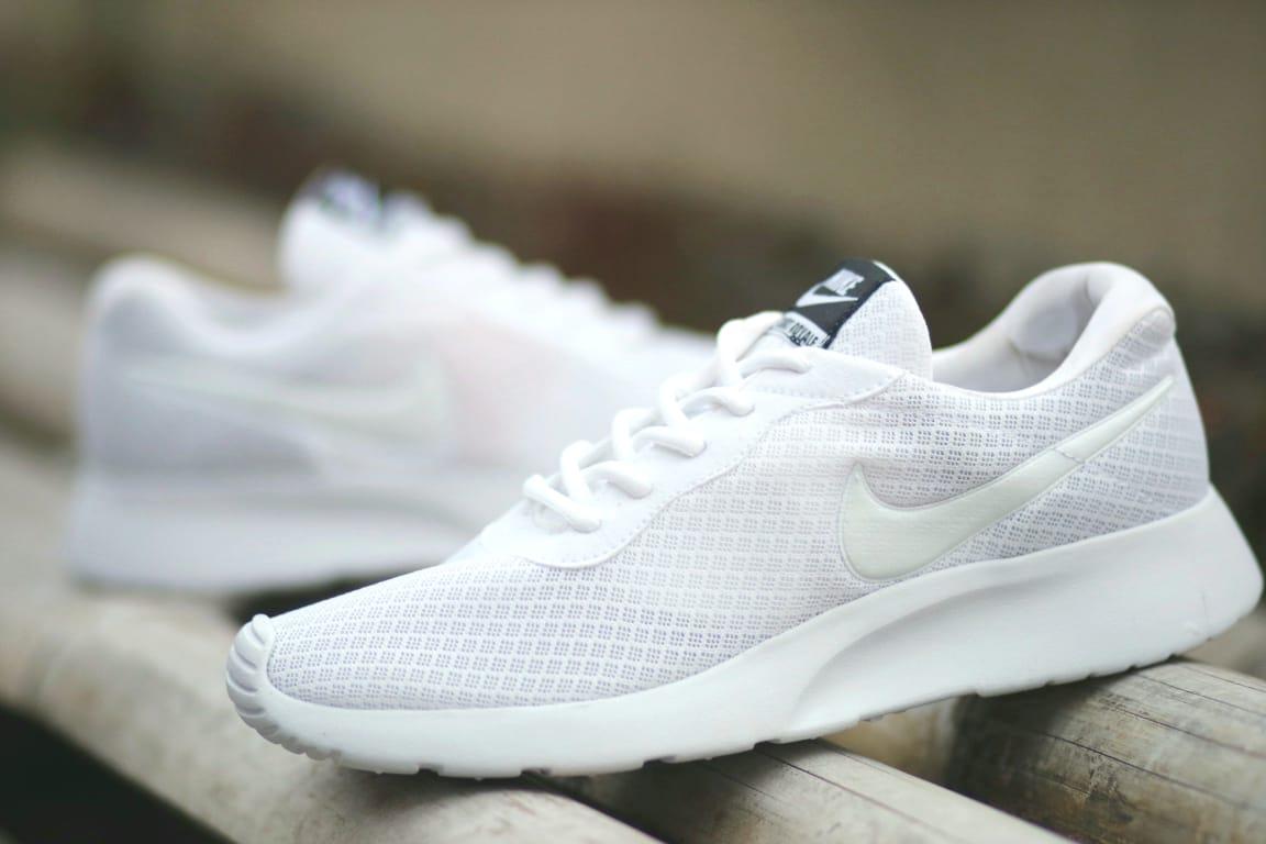 Sepatu Nike_Tanjun Putih Terbaru Sneakers Lari Pria Running Shoes White Laki Casual Olahraga Gym AirMax Import Premium