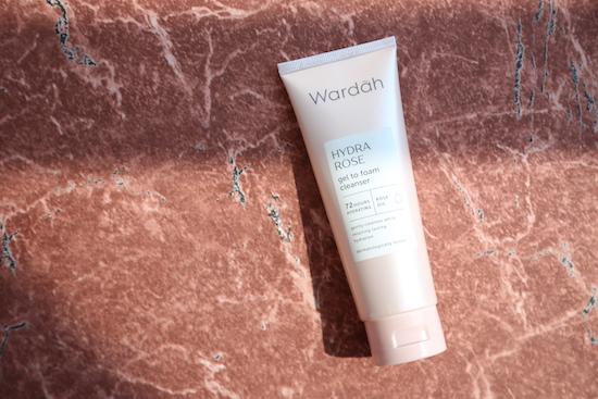 Wardah Hydra Rose Gel To Foam Cleanser 100ml Cleanser Facial Wash Facial Foam Pembersih Wajah Sabun Muka Skincare Wajah Perawatan Kulit Lazada Indonesia