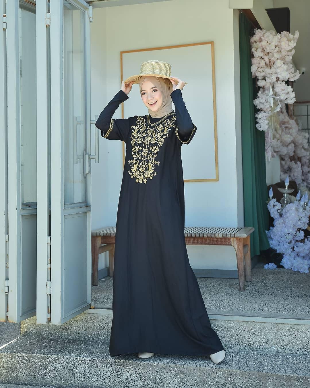 Sasya.Clo - Zoya Kaftan / Baju Gamis Wanita Terbaru 11 / Kaftan Remaja  Modern / Busana Muslim Wanita Terbaru / Fashion Wanita Muslim / Baju Wanita