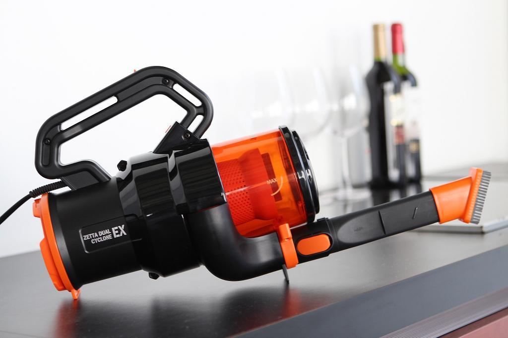 Twinbird Vacuum Cleaner - Hitam-Orange