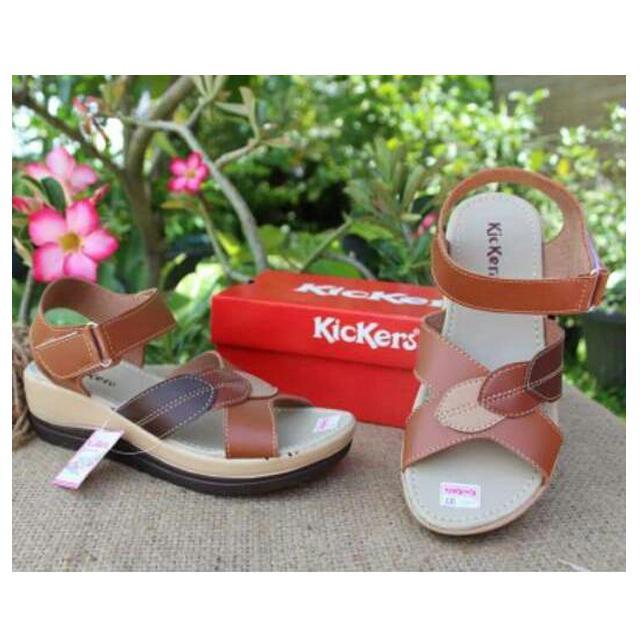 Sepatu Sandal Wedges Kickers Elegant Murah Untuk Pesta & Jalan-Jalan W-8