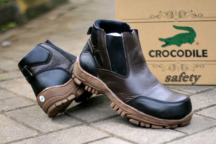 SEPATU BOOT PRIA CROCODILE ARMOUR SAFETY Sepatu Boots Tracking   Safety Pria   653aae8540