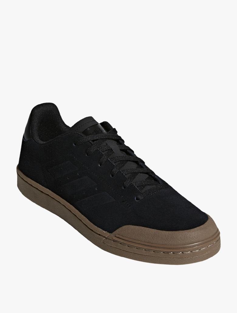 Jual Sepatu Pria Adidas Original Terbaru  6a8c5a6fe2