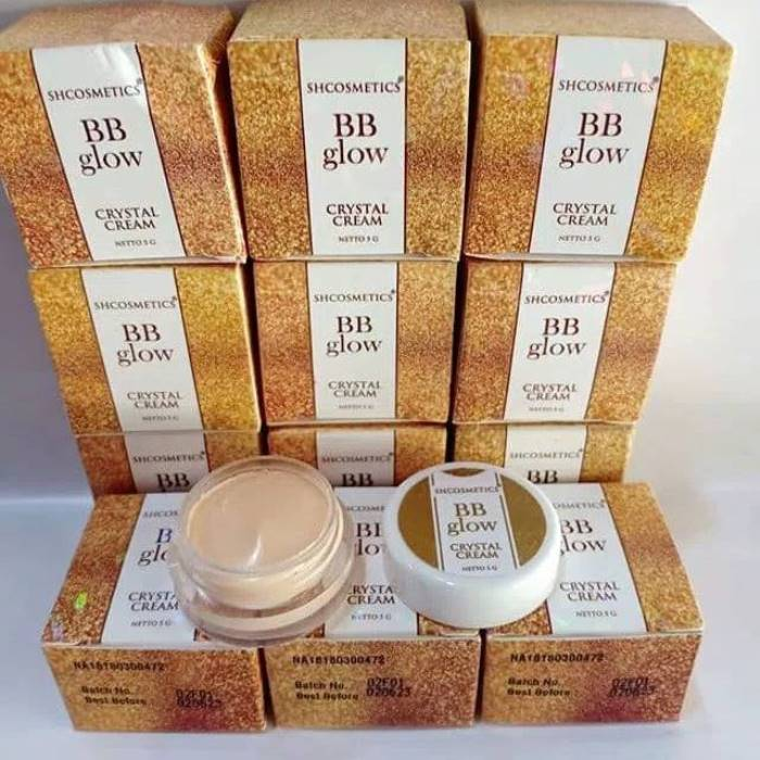 BB Glow Crystal Cream Original BPOM / BB Cream / BB Glowing / BB Glow Crystal / Seperti Alas Bedak Wardah / Alas Bedak Purbasari / Alas Bedak Make Over / Fondation Wajah / Pelembab Wajah Wanita / Pelembab Muka / Cream Pemutih Wjah Glowing / Cream Glowing