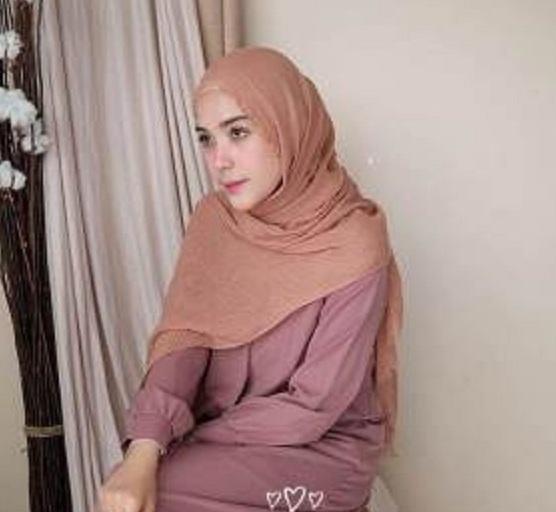 Hijab Pasmina Crinkle Import Jilbab Pashmina Crinkle Cotton Import warna terlengkap