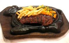 Djakarta's Steak Paket Makan untuk 2 Orang (2 Main Course + 1 Appetizer + 2 Drink + 2 Dessert)