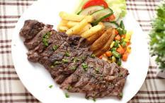 Fonzu Café [Soft Opening Promo] Beef Steak (200gr) (Free salad and Ocha)
