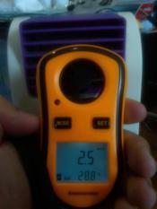 Alat Pengukur Kecepatan Angin Portable + Suhu Temperatur (C/F)