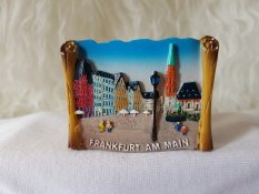 Gloria Bellucci - Magnet Kulkas Frankfurt German