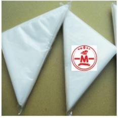 HBT Plastik segitiga/piping bag kecil isi 40