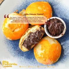 Pia Tabaria Makassar - 8 Pcs - Coklat - Keju - Kacang Ijo & Merah