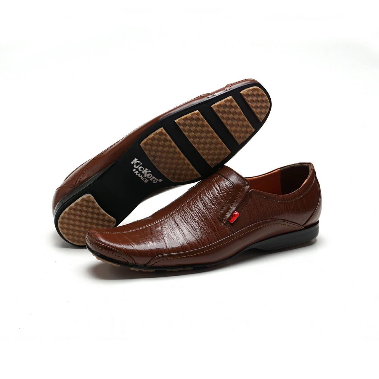 Sepatu Kerja Kantor Pria Kickers Pantofel Semi Kulit Swedia