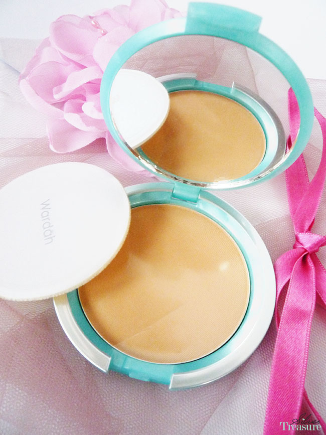 WARDAH Compact Powder Light Beige 14gr / Makeup Wajah / Bedak Wajah