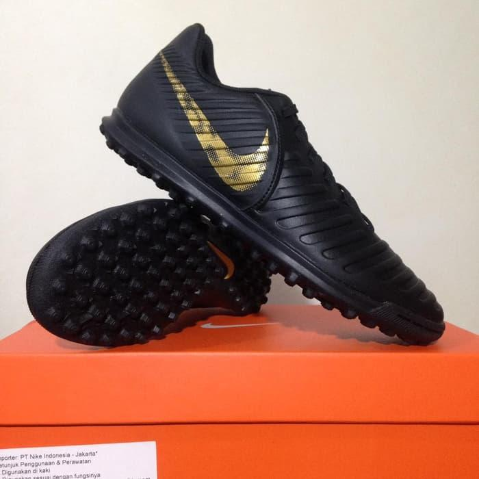 bcd06eb782233 Sepatu Futsal Nike Legend 7 Club Turf Black Gold AH7248-077 Original Murah