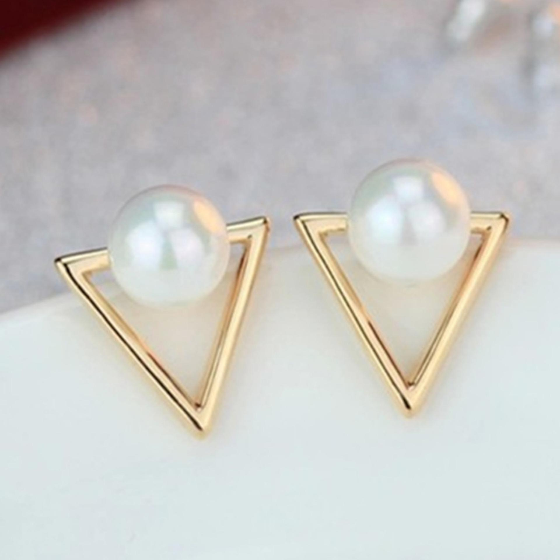 1 Pasang Anting Perempuan Mutiara - Fashion Korea - Gold