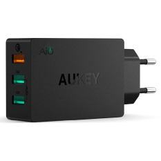 Beli Aukey Pa T2 Usb Fast Quick Charger Smartphone Charging 3 Port 2 4A 42W With Qualcomm 2 And Aipower Hitam Aukey Murah