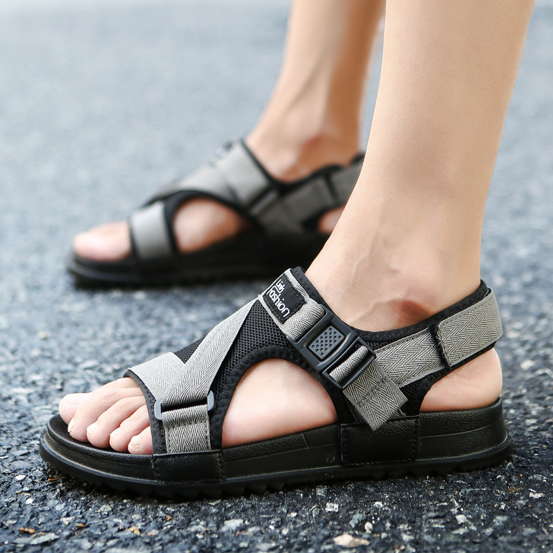 Sepatu Crocs Anak Perempuan Bagian Depan Tertutup Anti Selip Sol Lunak