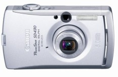 Canon PowerShot SD430 5MP Digital Kamera dengan 3X Optik Zoom (WIFI Mampu)-Internasional