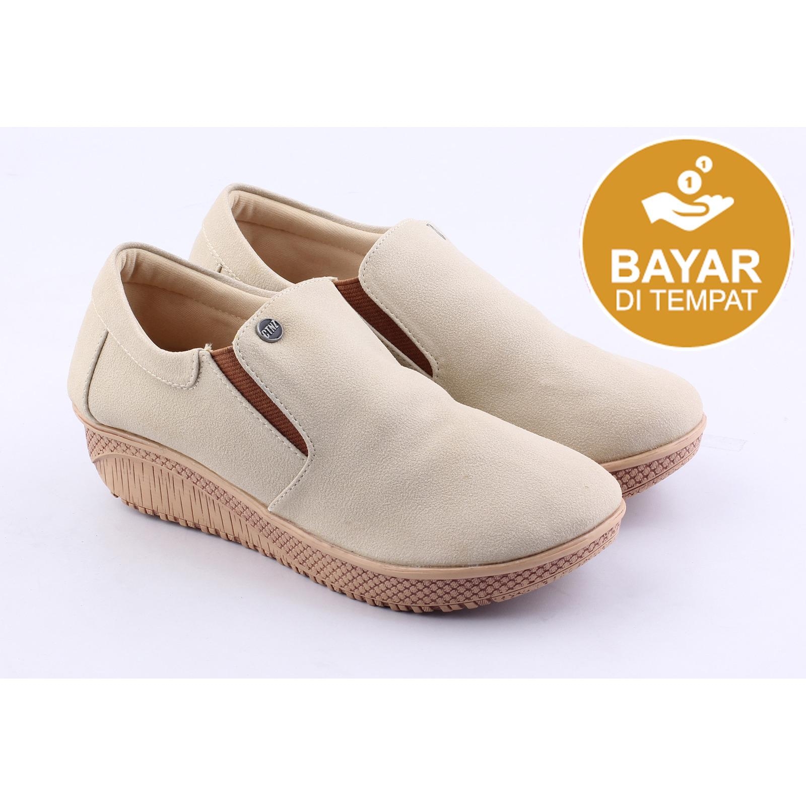 Catenzo Sepatu Casual Boots Women - AH 061 033c9a11ac