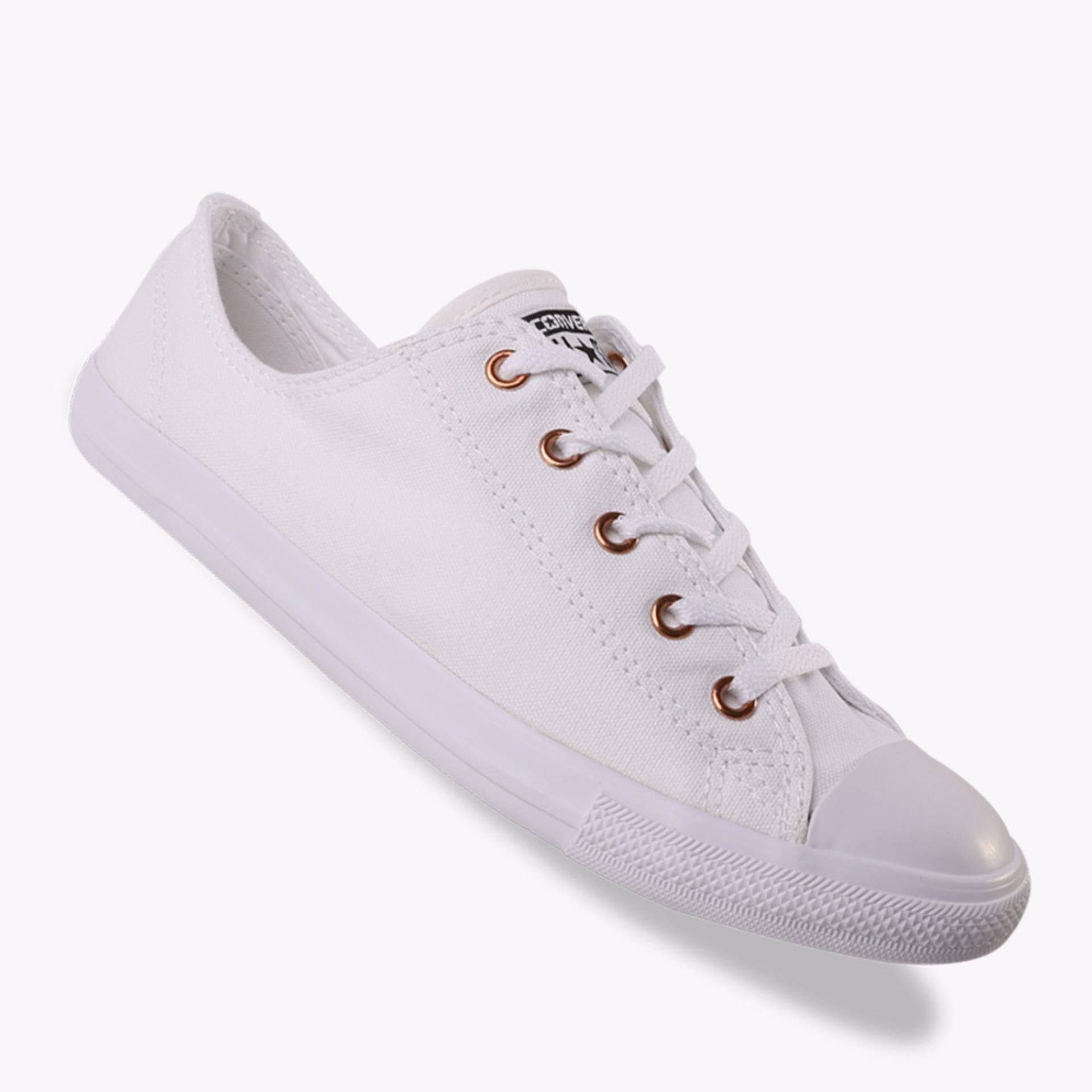 Beli Converse Chuck Taylor All Star Dainty Ox Women S Sneakers Shoes Putih  Online Terpercaya 0e675e6439