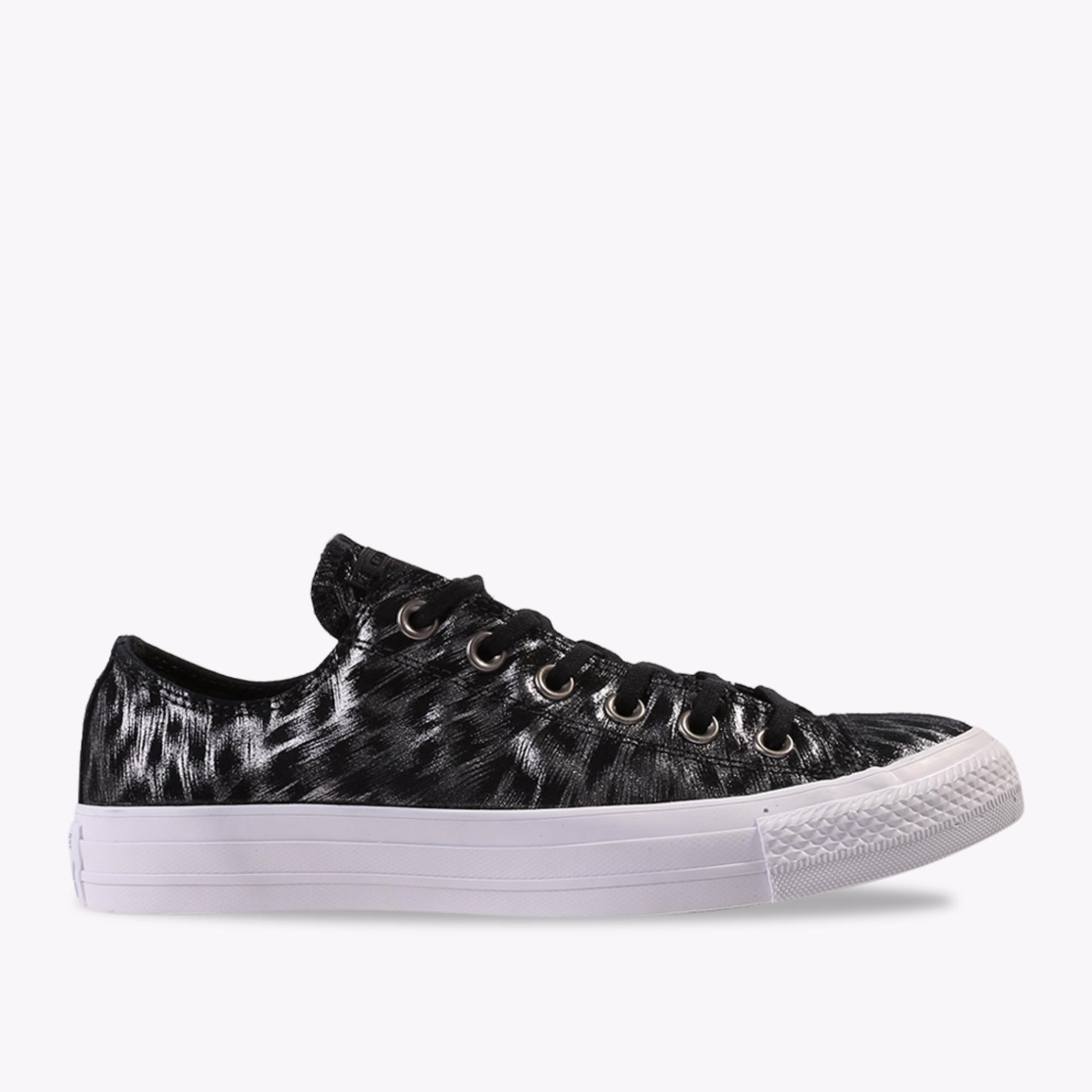 Jual Converse Chuck Taylor All Star Shimmer Suede Ox Women S Sneakers Shoes Hitam Grosir