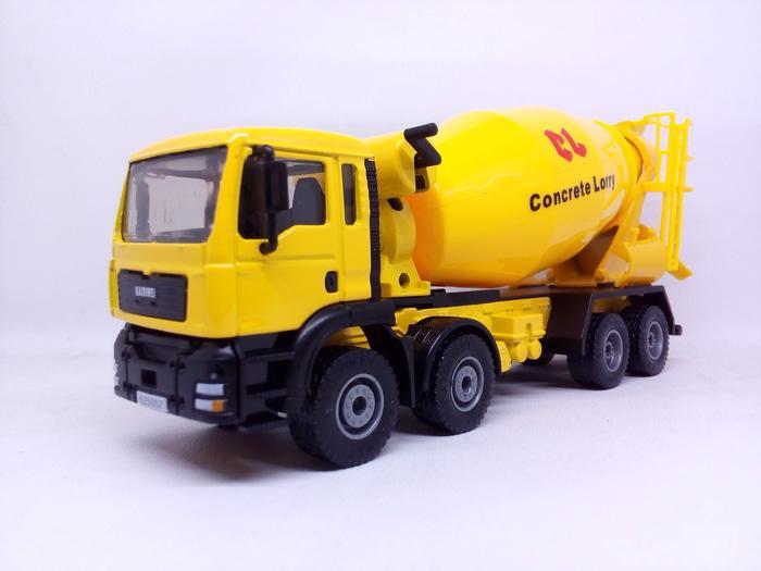 Diecast Miniatur Alat Berat Tambang KDW Truck Mixer Cement Harga Murah