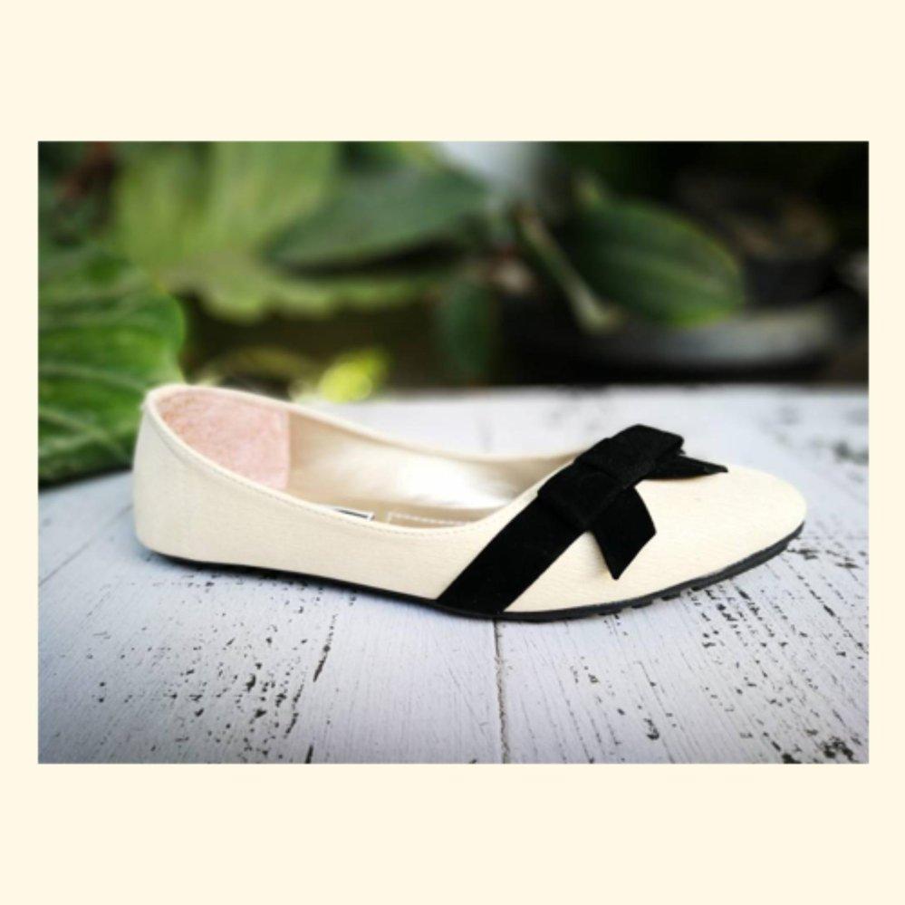 Beli Fuboshoes Sepatu Wanita Flatshoes Kola Ribbon Cream Pake Kartu Kredit
