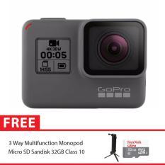 GoPro Hero5 / GoPro Hero 5 Black Combo 3 Way Supreme 32GB
