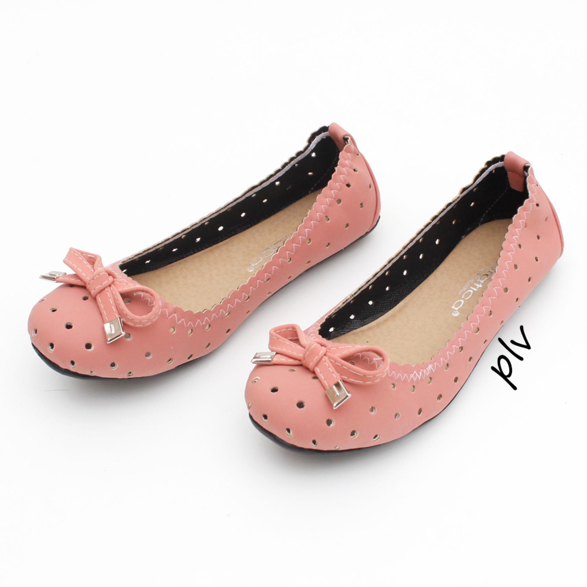 Fashion Gratica Daftar Harga November 2018 Wakai Mikkusu Maroon Grey Black Sepatu Slip On Wak0002551zz895 Hitam 36