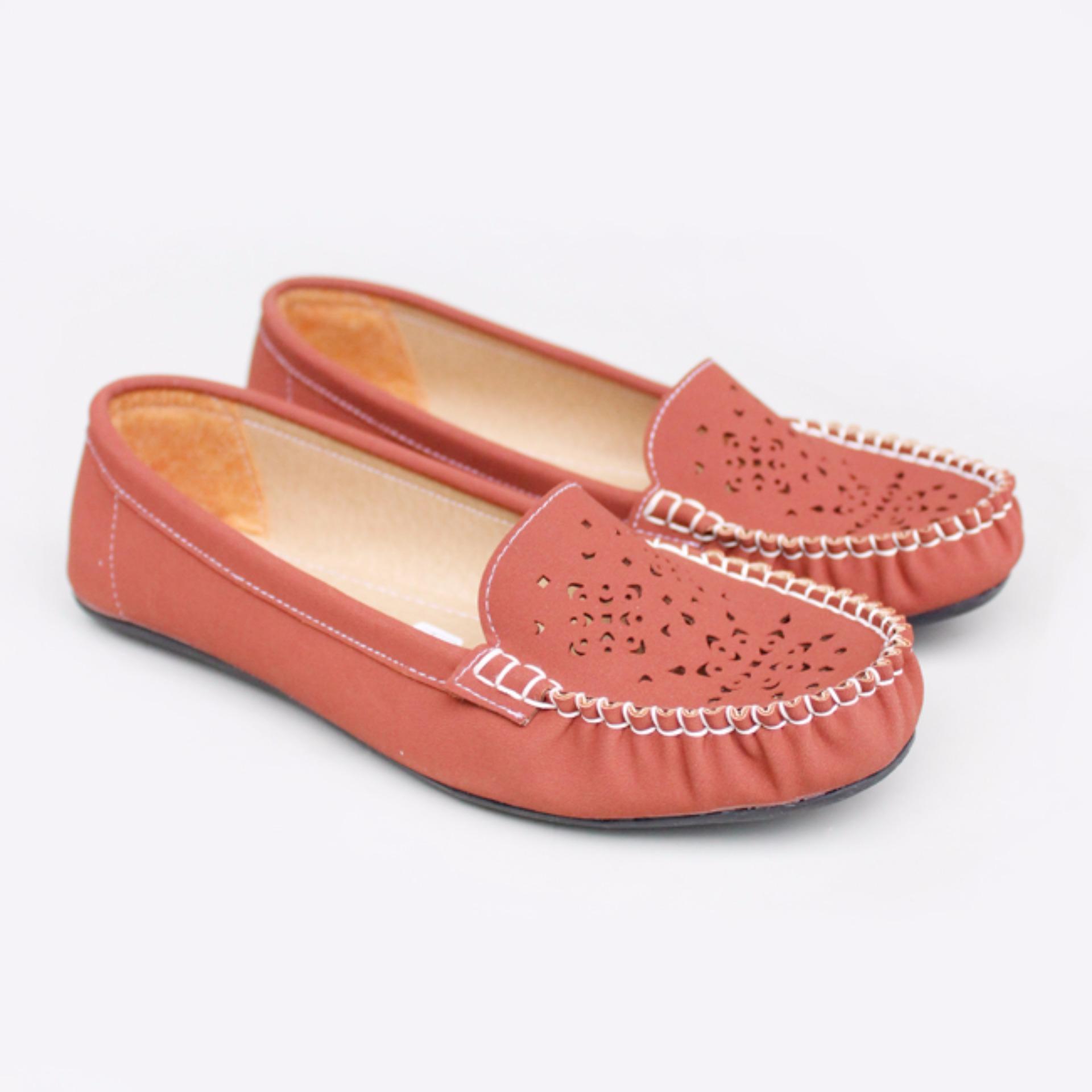 Gratica Sepatu Flat Shoes RJ55 - Bata