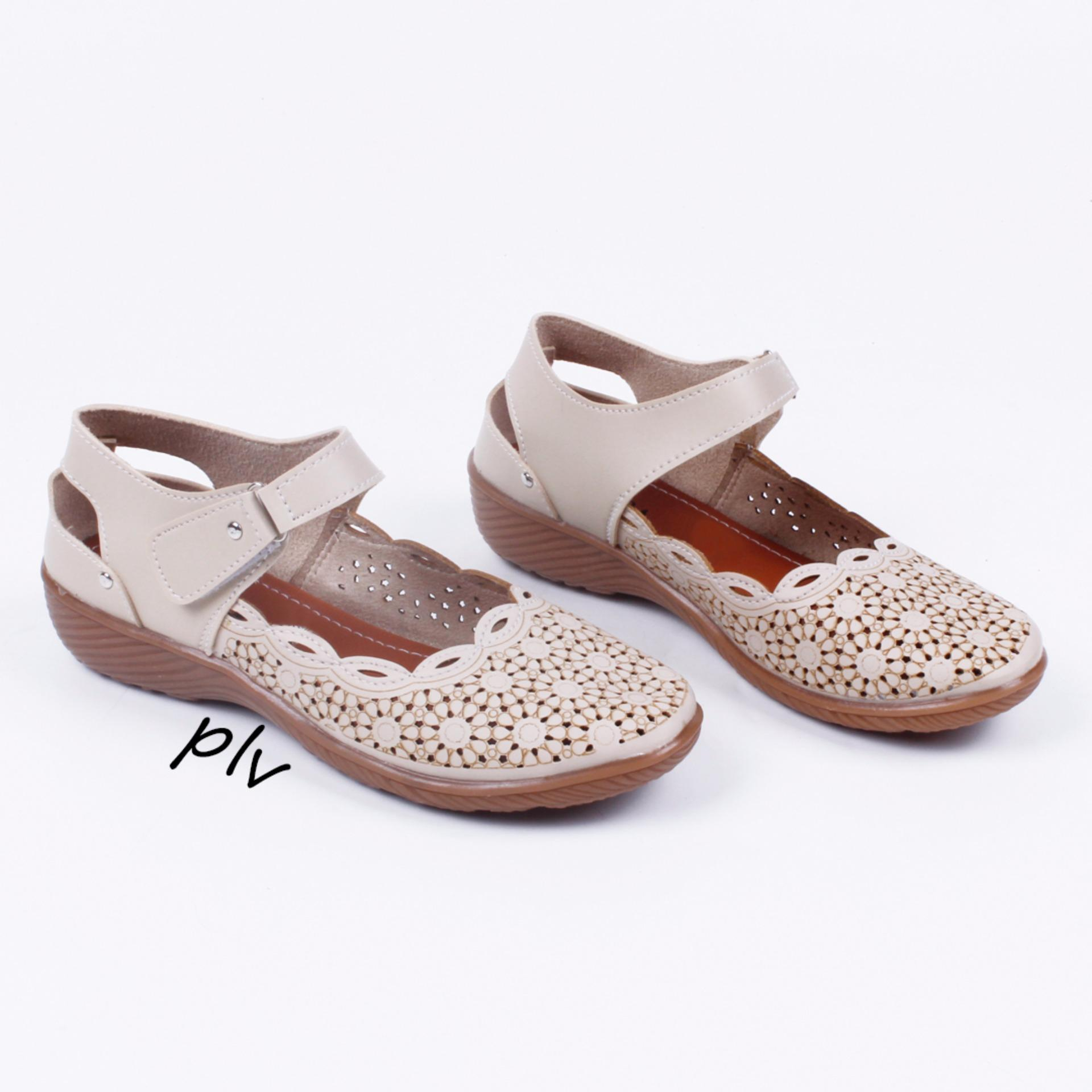 Pluvia - Sepatu Flat Shoes Wanita Terbaru Mary Jane Laser MY13 - Cream