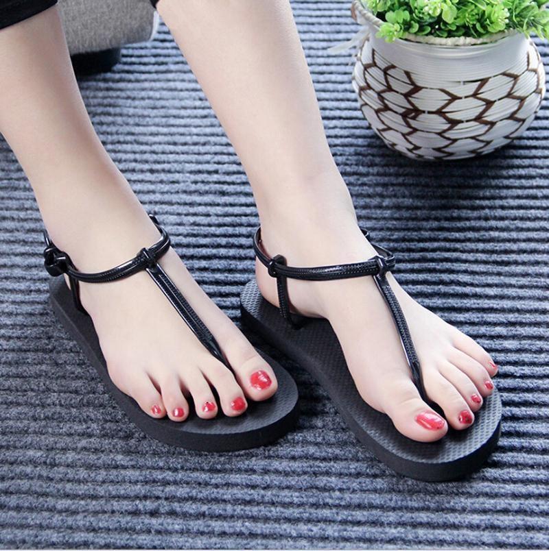 Hang-qiao Roman Sandal Wanita Datar Sandal T-clip Sandal Musim Panas Pantai Flip