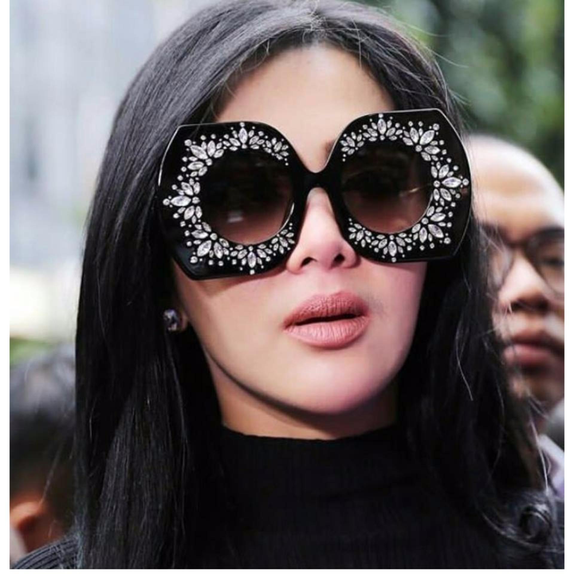 JUAL Kacamata hitam wanita import murah obral Sunglass artis UV400 ... 17595e729c