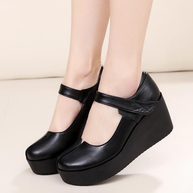 Harga Kasual Pijakan Empuk Hitam Sepatu Sol Tebal Kemiringan Bertumit Tinggi Dengan Sepatu Ukuran Besar Sepatu Wanita Hitam Oem Ori