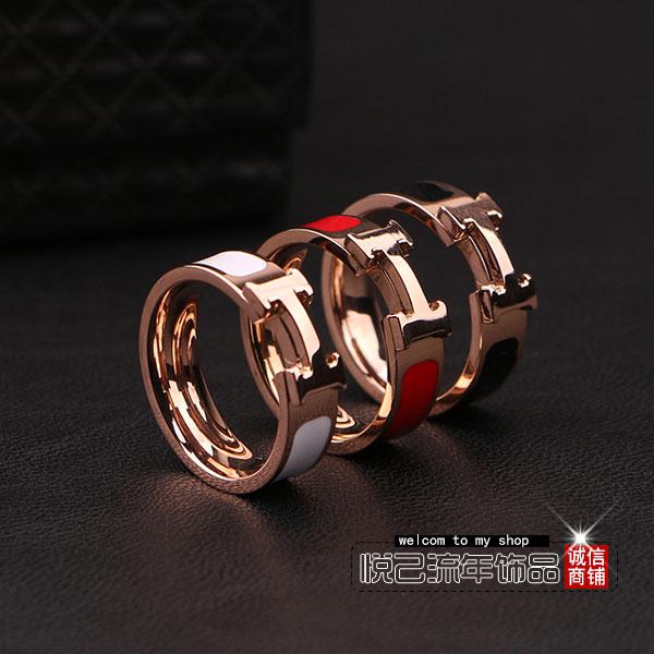 Klasik 18 K Red And Putih Perempuan Tidak Memudar Cincin Titanium Baja Cincin