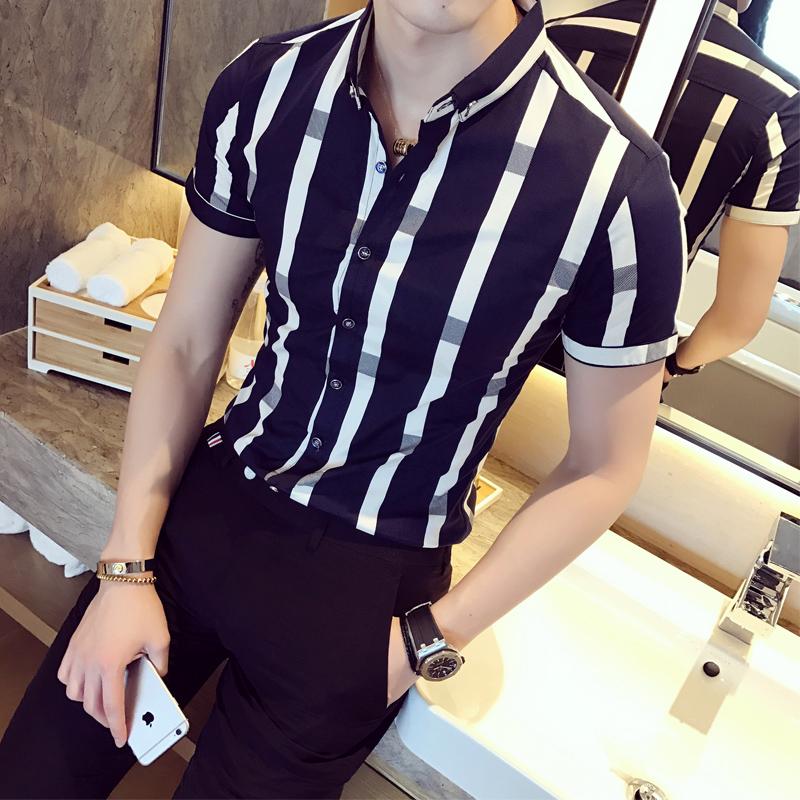 Spesifikasi Korea Fashion Style Slim Jenis Pria Bergaris Lengan Pendek Kemeja Lengan Pendek Kemeja Biru Tua Warna Baju Atasan Kaos Pria Kemeja Pria Dan Harganya