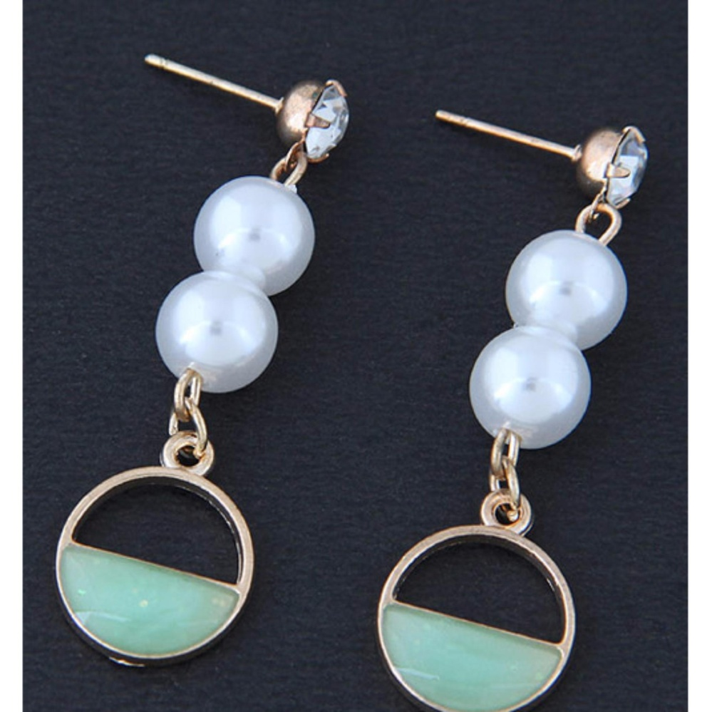 LRC Anting Tusuk Fashion Diamond&pearl Decorated Earrings