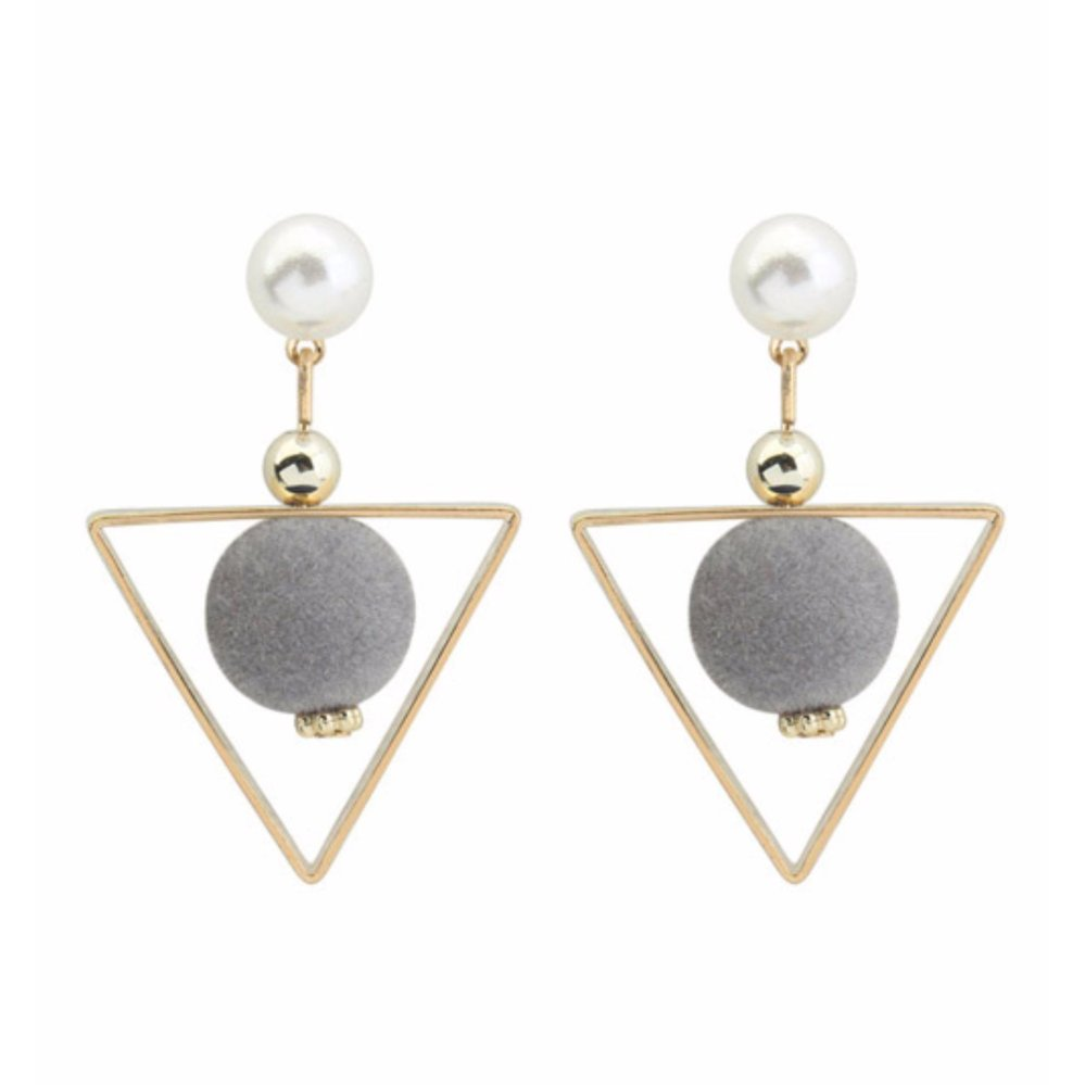 LRC Anting Tusuk Fashion Dark Green Fuzzy Ball&triangle Shape Decorated Color Matching EarringsIDR16300. Rp 16.300
