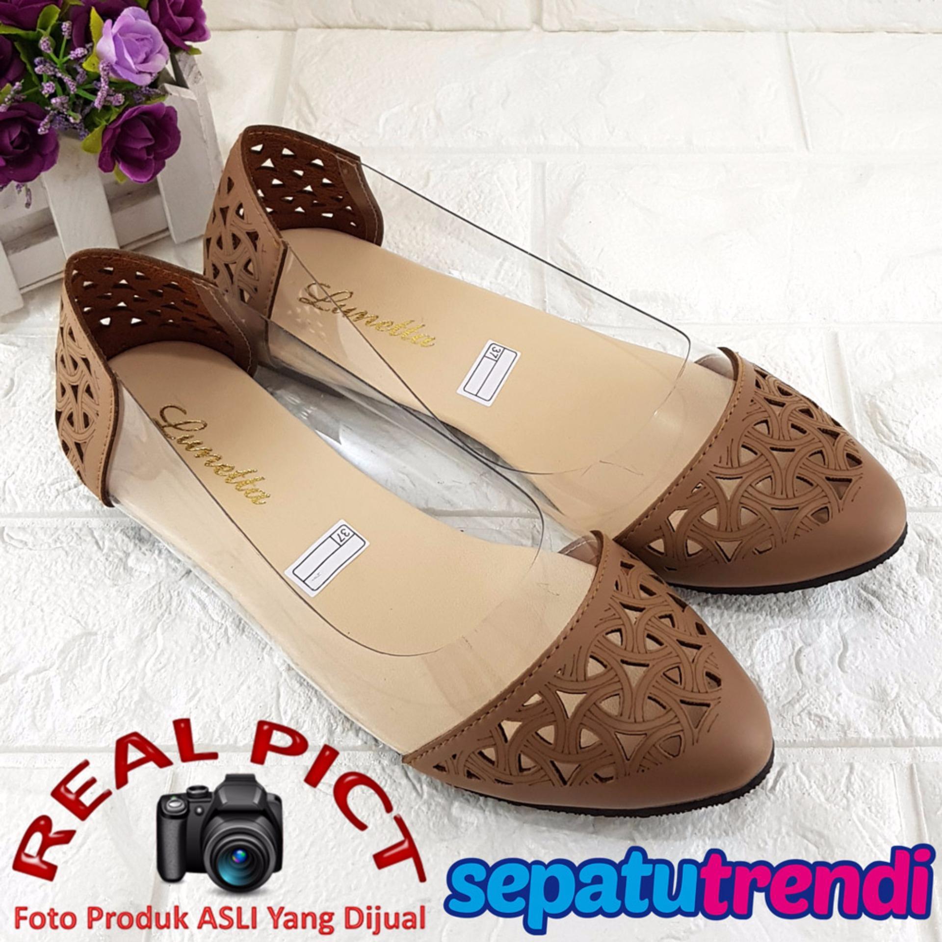 TRENDISHOES SEPATU WANITA FLAT SHOES ANGKLE STRAP TRANS SIDE 043 HITAM Sepatu