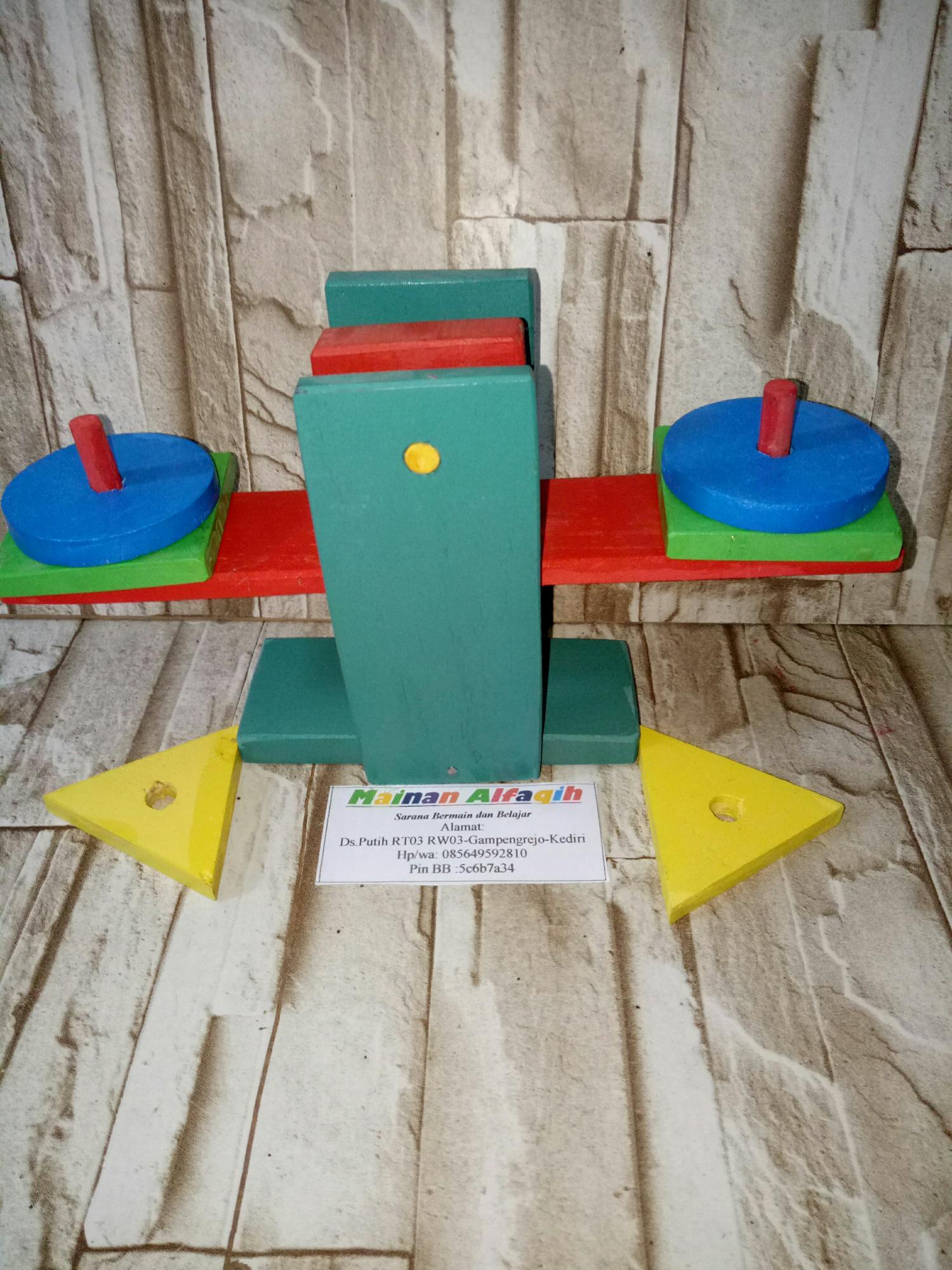 Mainanalfaqih - Mainan Anak Edukasi Kayu- Timbangan Bentuk Geometri