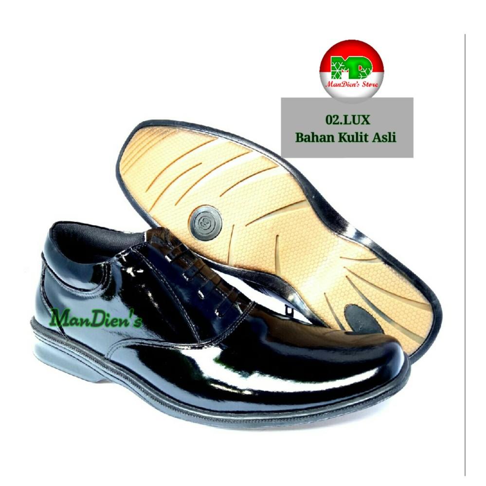 Beli Mandiens Pdh 02 Lux Sepatu Pria Kulit Asli Kilap Pdh Polri Tni Hitam Dengan Kartu Kredit
