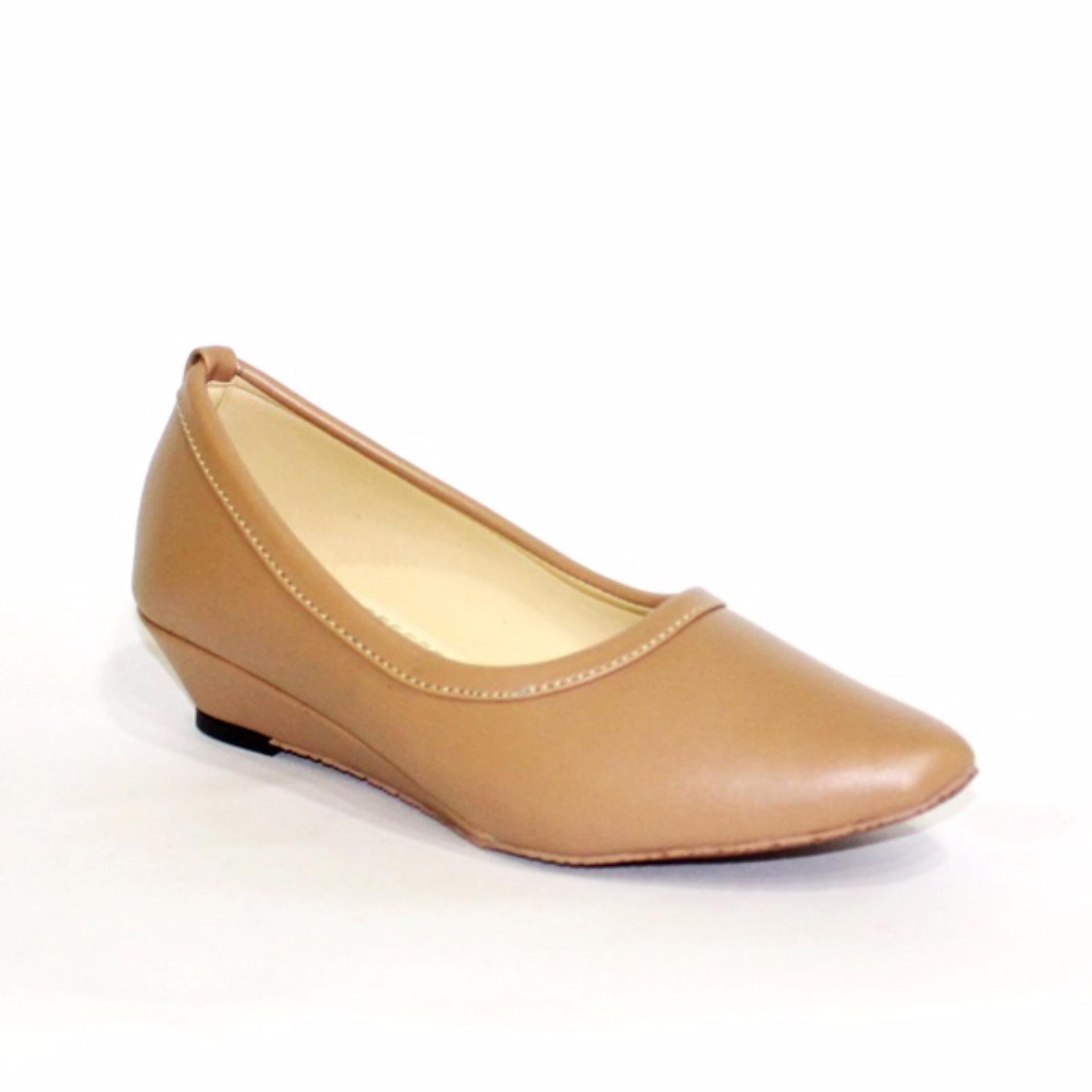 Unik Sepatu Kets Slip on Wanita Anyam Square 55 Hitam Krem Pink BS Limited. Source