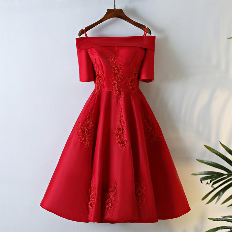 Toko Merah Mempelai Wanita Musim Semi Baru Gaun Malam Baju Pelayanan Lengan Ritsleting Kata Bahu Satin Tiongkok