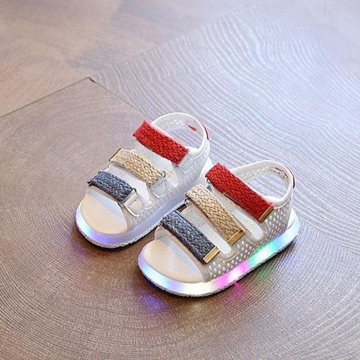 Situs Review Musim Panas Laki Laki Perempuan Sepatu Kasual Lampu Lampu Led Bayi Sepatu Olahraga Sandal Putih