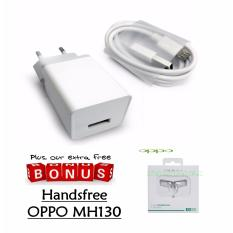 OPPO Travel Charger 2A AK903 - Putih + Handsfree OPPO MH130 - Putih