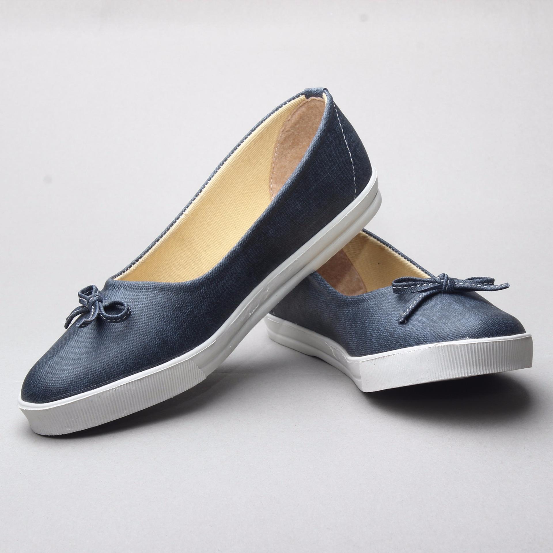 Spesifikasi Salvora Sepatu Flat Ujs Hitam Murah